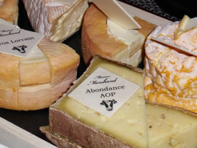 plateau-fromages-marchand.jpg